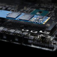 Твердотельный накопитель со скоростью 2.4 Gb/s Intel Optane SSD