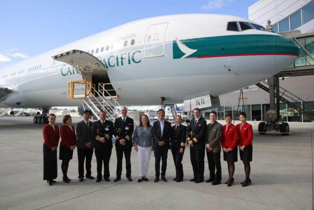 Экипаж Боинга 777-200 B-HNL