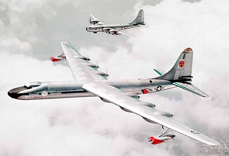 NB-36 в сопровождении военно-транспортного C-97