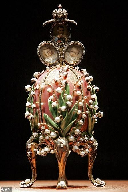 """Яйцо """"Лилии"""", которое Николай II подарил своей жене на пасху 1898 года"""