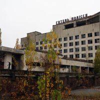 10 заброшенных отелей для искателей приключений
