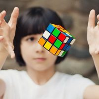 История головоломки «кубик Рубика»