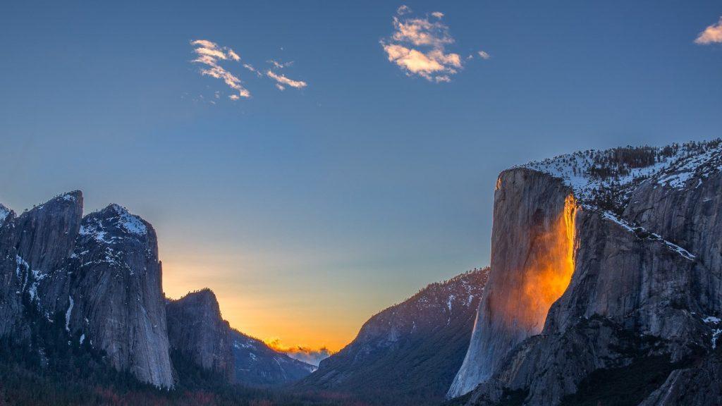 «Огненный водопад» - уникальный природный феномен в долине Йосемити