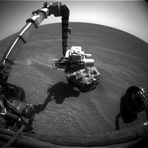 «Opportunity» развернул манипулятор для исследования метеорита «Heat Shield Rock» на 349 сол (начало 2005 года)