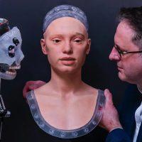 Ai-Da – первый робот-художник