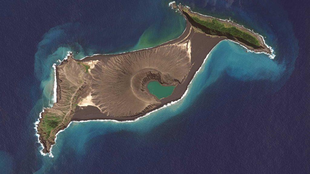 Новорождённый остров Хунга-Тонга-Хунга-Хаапай