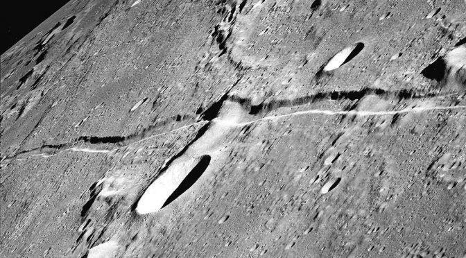 Учёные зарегистрировали сейсмическую активность на Луне