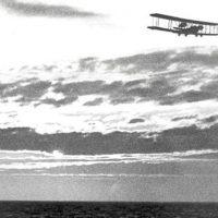 Олкок и Браун: первый беспосадочный трансатлантический перелёт