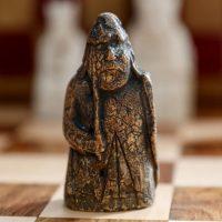 Утерянную ладью из набора шахмат острова Льюис рассчитывают продать за $1,3 миллиона