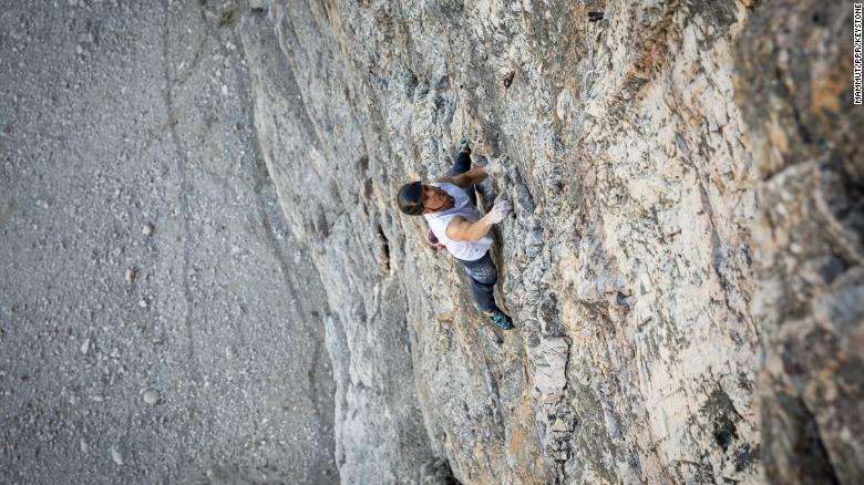 Дани Арнольд: новый рекорд скорости в сольном скалолазании