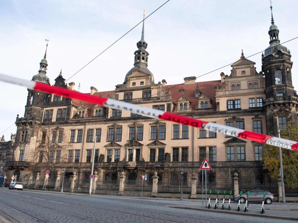 Ограбление дрезденской сокровищницы Grünes Gewölbe