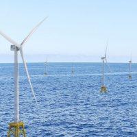 Рекордно большой парк ветряков Dogger Bank строится на море