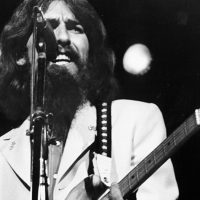 Рукописный текст песни «While My Guitar Gently Weeps» выставили на продажу