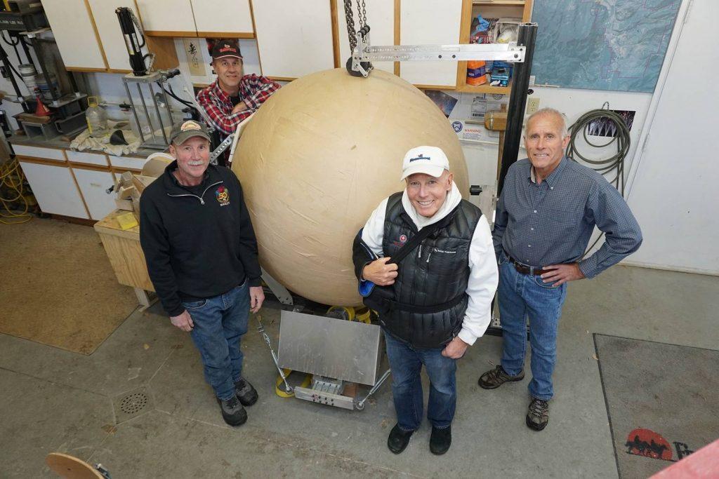 Самый большой фейерверк в мире запустили в Стимбот Спрингс