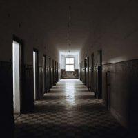 Дэвид Розенхан и самый противоречивый эксперимент в истории психиатрии