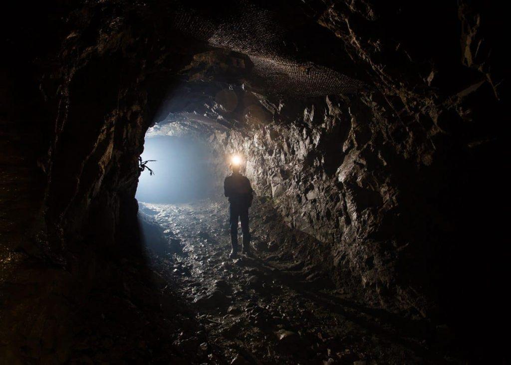 Мпоненг: самая глубокая шахта планеты
