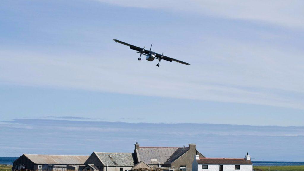 Самый короткий регулярный авиарейс «Уэстрей – Папа-Уэстрей»