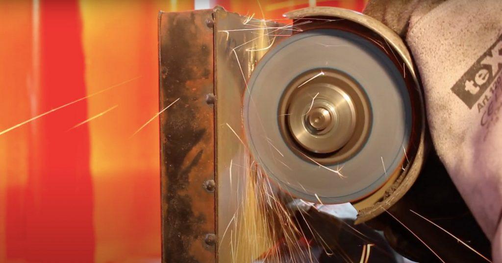 Proteus: учёные создали материал, который невозможно разрезать