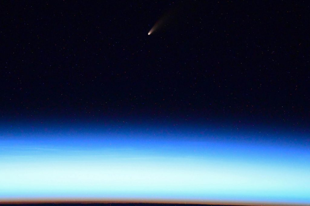 NEOWISE / C/2020 F3: самая яркая комета последнего десятилетия