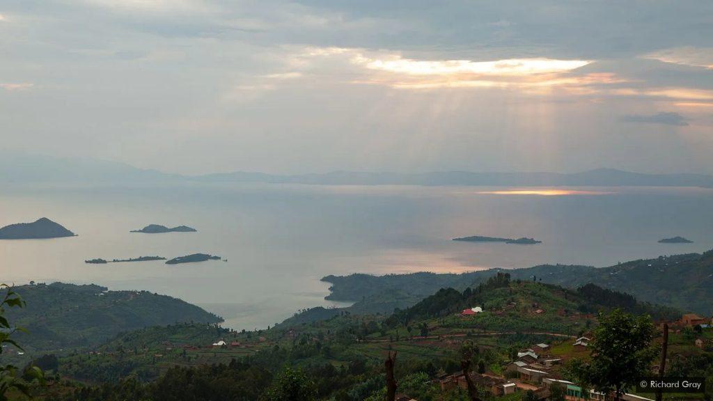 Озеро Киву: бомба замедленного действия