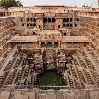 Самые красивые ступенчатые колодцы Индии