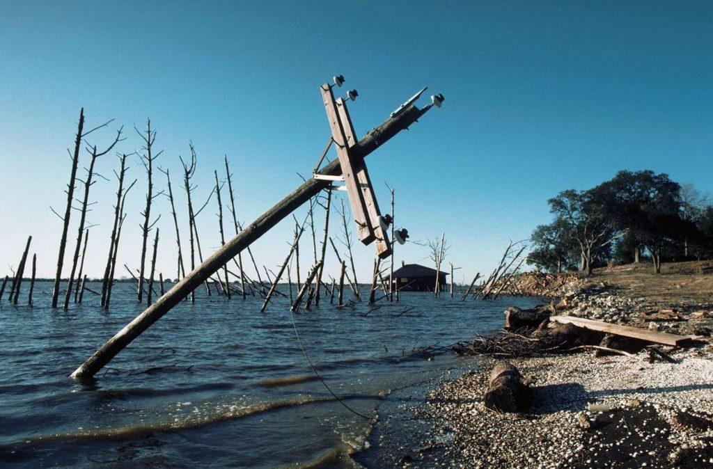 Экологическая катастрофа на озере Пенёр
