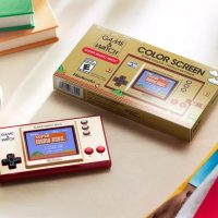 Nintendoвыпустила обновлённую приставку Game & Watch