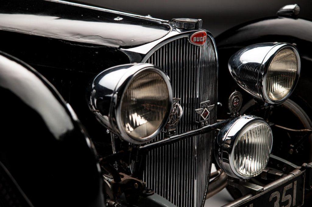 В Стаффордшире обнаружили уникальный Bugatti Type 57 S 1937 года