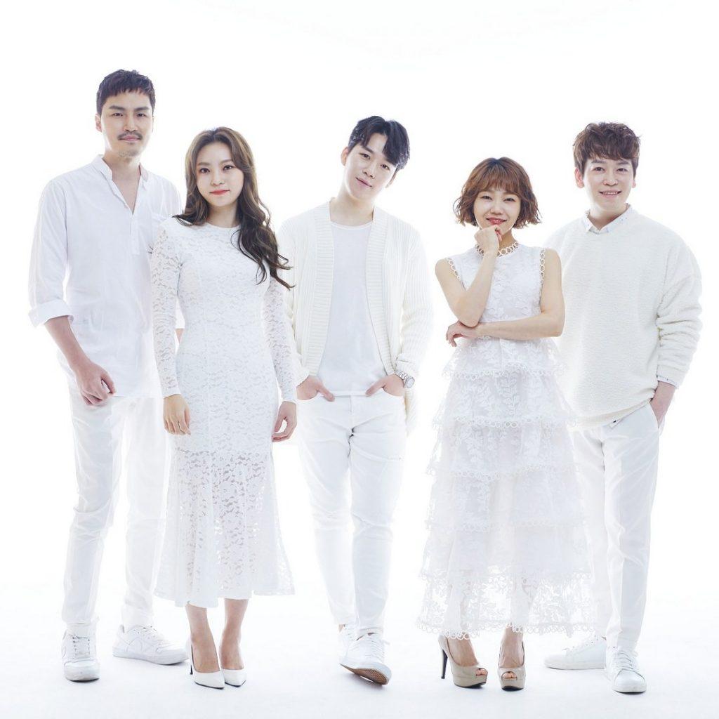 Корейская группа Maytree воспроизводит рингтоны а капелла