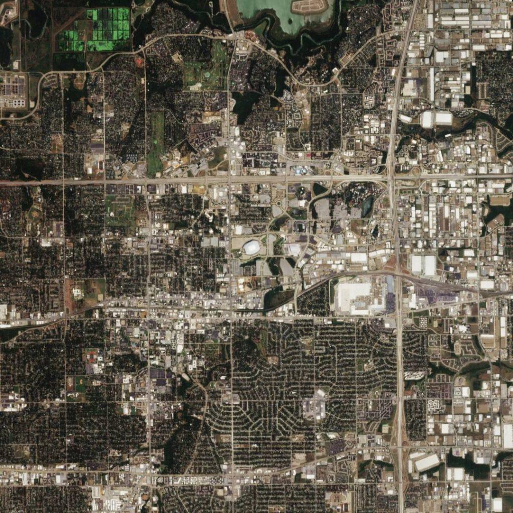 Earth from Space: глобальный поиск пасхальных яиц