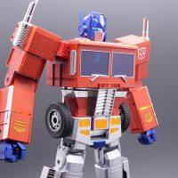 Автоматический робот-трансформер Оптимус Прайм от Hasbro