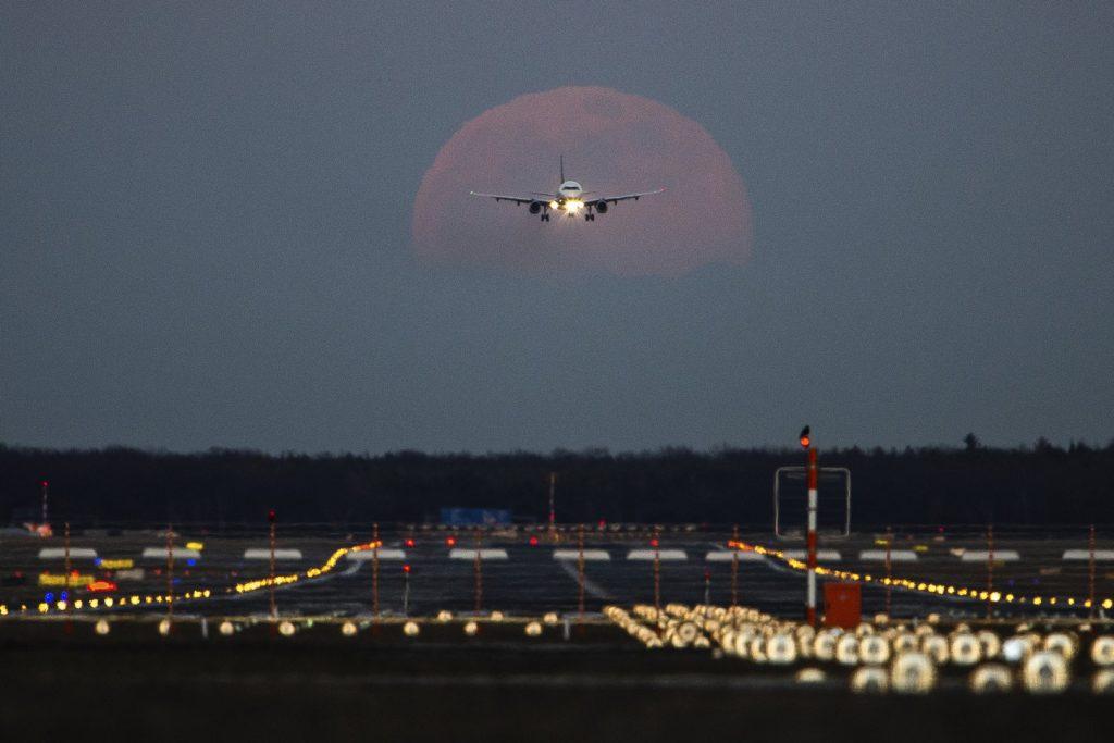 «Сидней – Суперлуние»: компания Qantas запустила необычный рейс