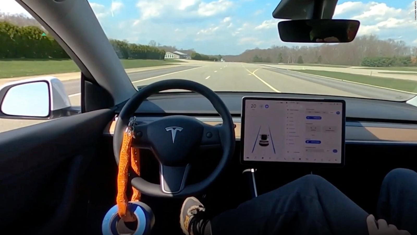 Учёные отметили негативное влияние автопилота Tesla на внимательность водителей