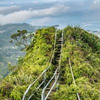 Знаменитую лестницу Хайку на Гавайях демонтируют