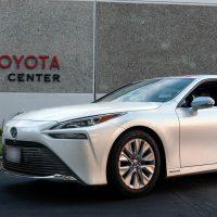 Водородный Toyota Mirai установил рекорд по дальности хода